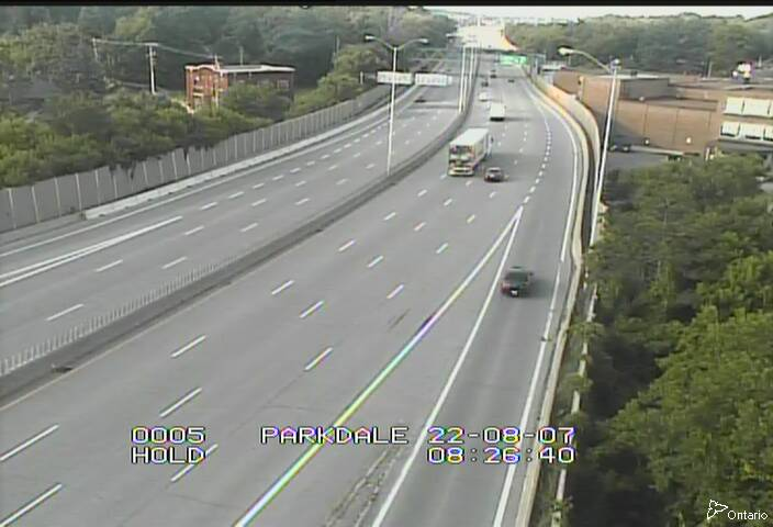 Highway 417 between Merivale Road and Parkdale Avenue