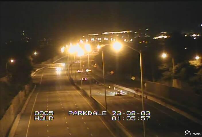 Highway 417 between Merivale Road and Parkdale Avenue