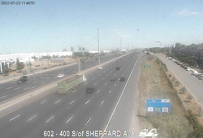 Webcam of East side of Highway 400 north of Wilson Avenue courtesy of the MTO
