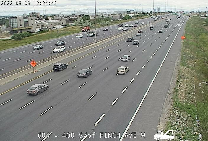 Webcam of East side of Highway 400 north of Sheppard Avenue courtesy of the MTO