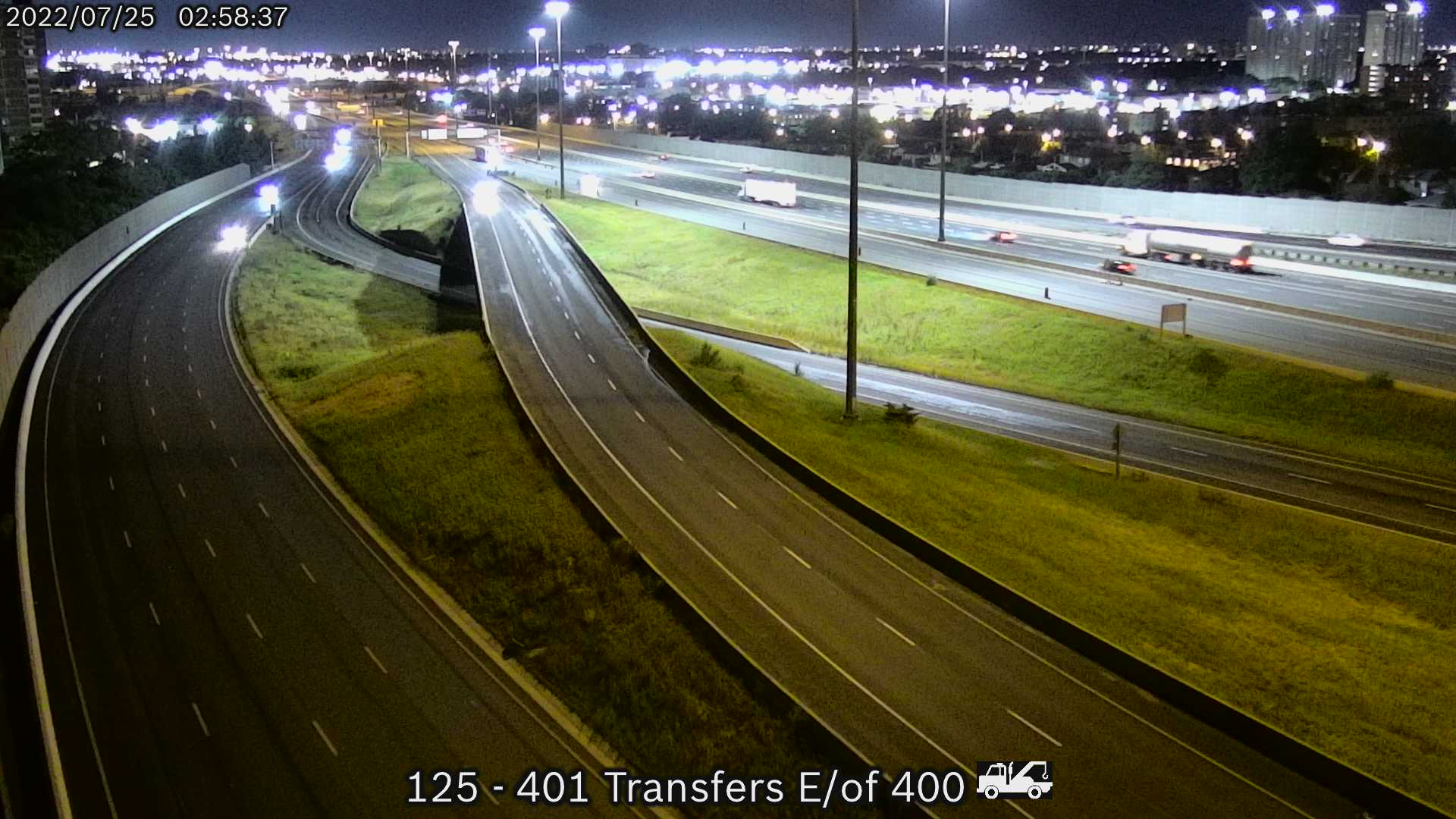 Webcam of Highway 401 near Dufferin Street courtesy of the MTO