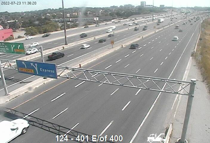 Webcam of Highway 401 near Jane Street courtesy of the MTO