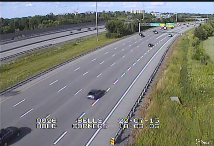 Live Traffic Camera of Highway 417 EAST OF MOODIE DR