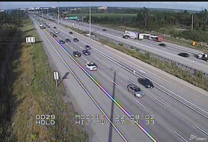 Live Traffic Camera of Highway 417 EAST OF EAGLESON RD