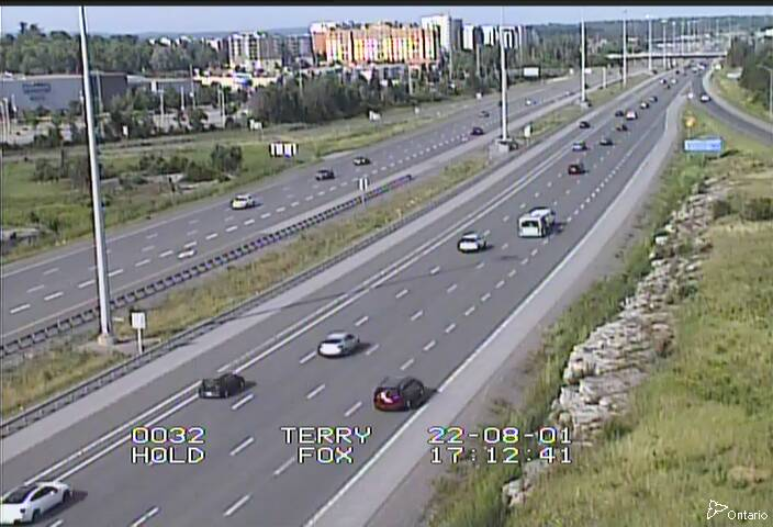 Live Traffic Camera of Highway 417 NEAR TERRY FOX DR