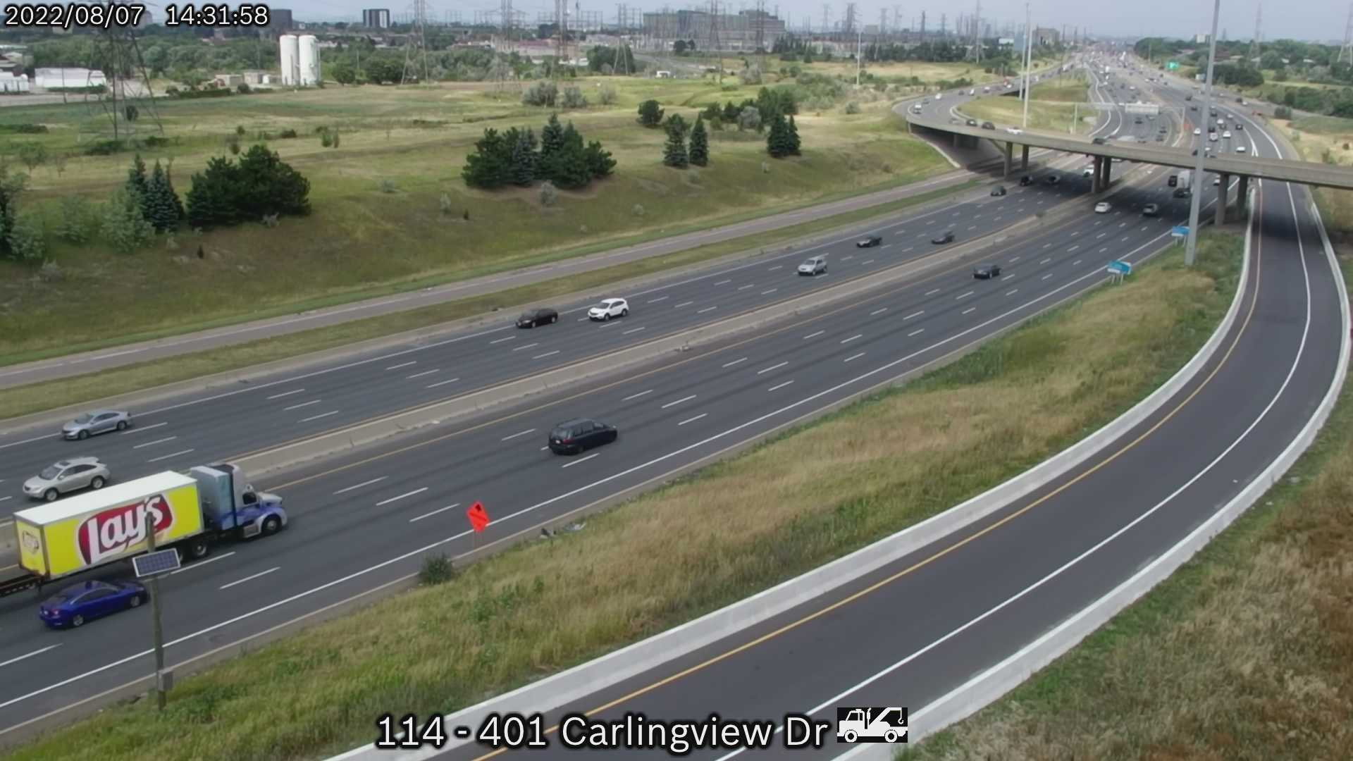 Webcam of South side of Highway 401 near Renforth Drive of the MTO