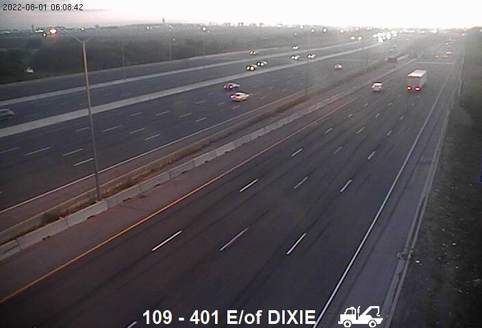 Webcam of South side of Highway 401 near Etobicoke Creek courtesy of the MTO
