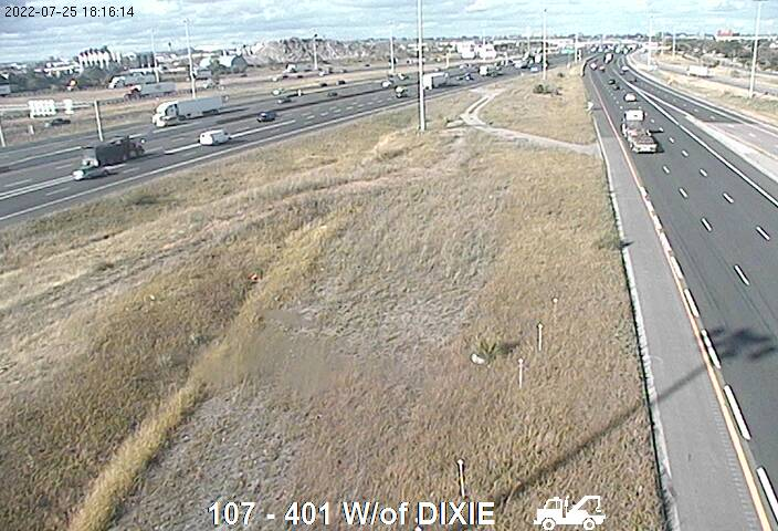 Webcam of South side of Highway 401 near Tomken Road courtesy of the MTO