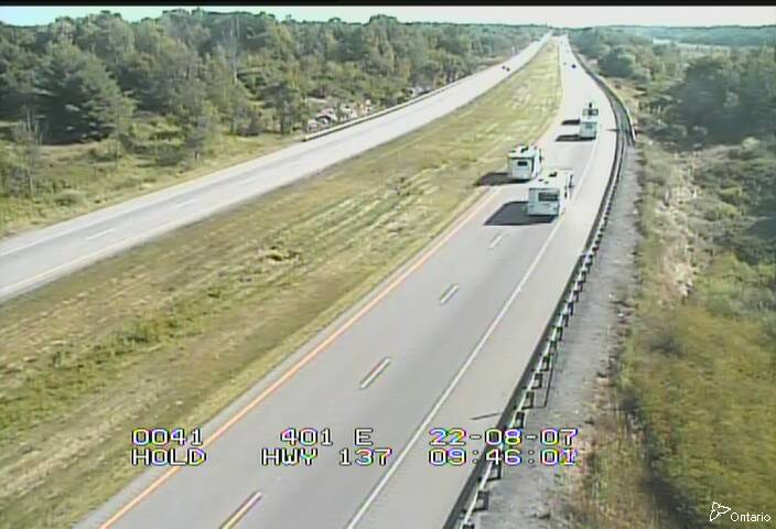 Traffic Camera of Highway 401 East of Highway 137
