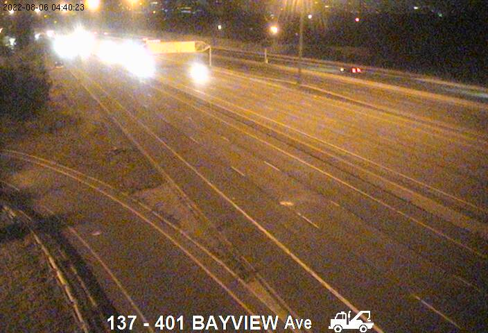401 near Bayview Ave