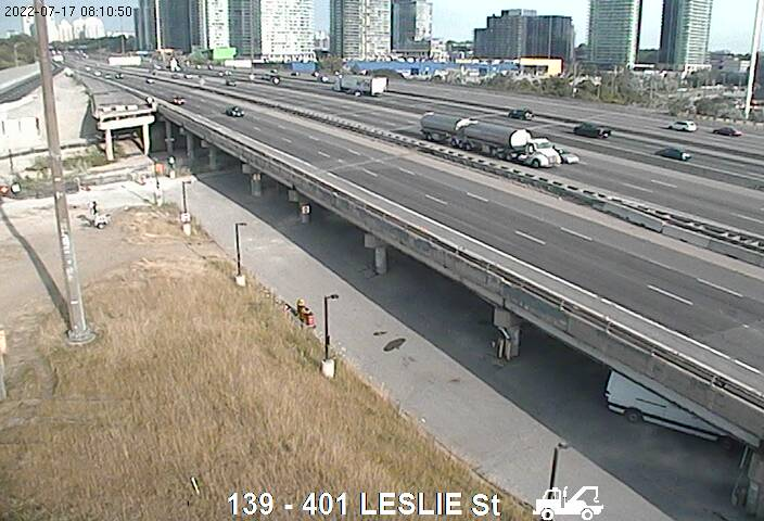 Webcam of South side of Highway 401 near Leslie Street courtesy of the MTO