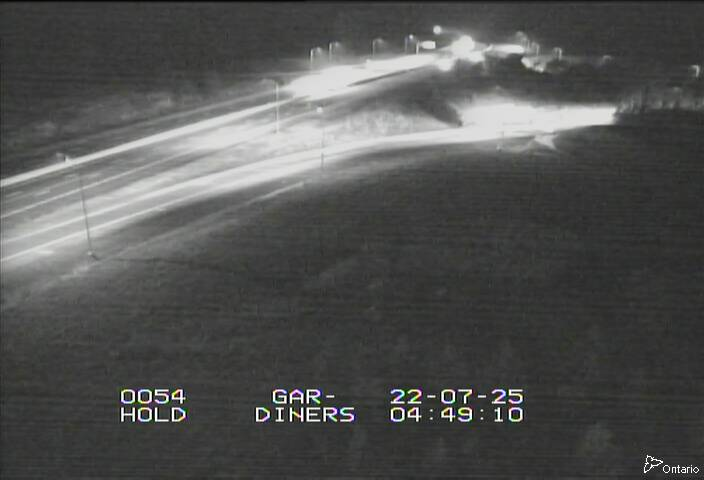 Live Traffic Camera of Hwy 401 near Gardiners Rd