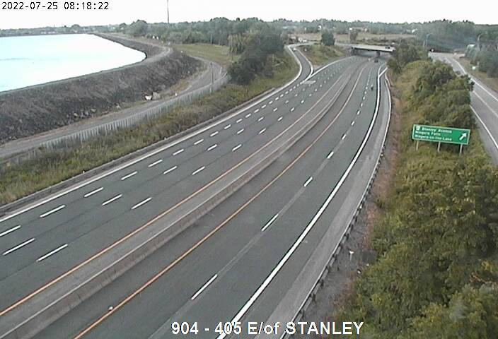 Traffic Camera of 405 East of Stanley Avenue