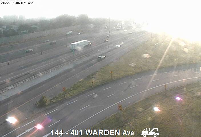 401 near Warden Ave